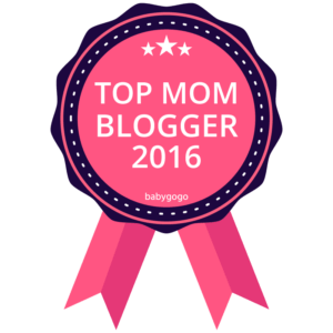 top-mom-blogger-badge