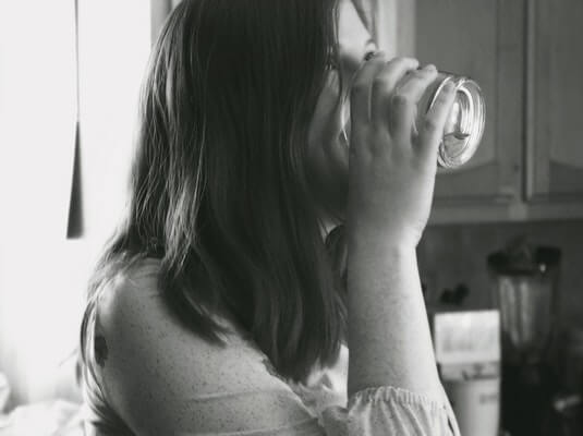 stay hydrated to lose weight post pregnancy