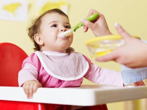 make eating food a kind of game for your baby